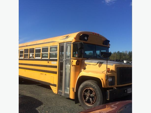 1995 Bluebird Bus