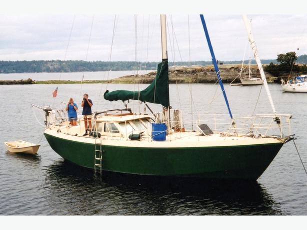 WANTED: 34-44 ft sailboat