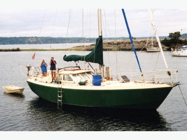 WANTED: 34-44 ft sailboat