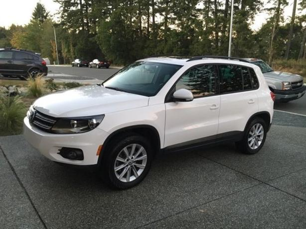 ALL WHEEL DRIVE** 2012 Volkswagen Tiguan