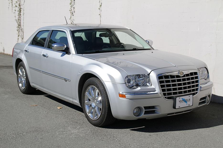 2008 chrysler 300c hemi outside comox valley courtenay. Black Bedroom Furniture Sets. Home Design Ideas