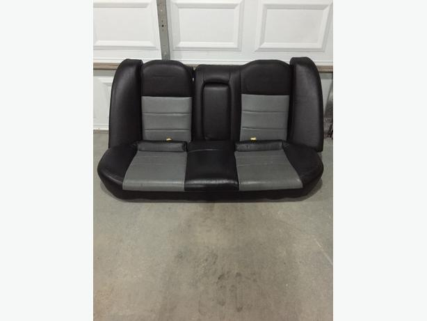 mitsubishi lancer leather seats