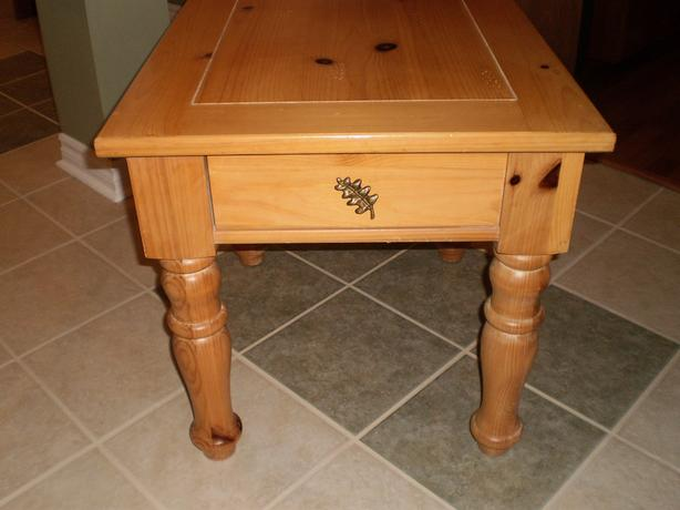 Broyhill Country style solid pine
