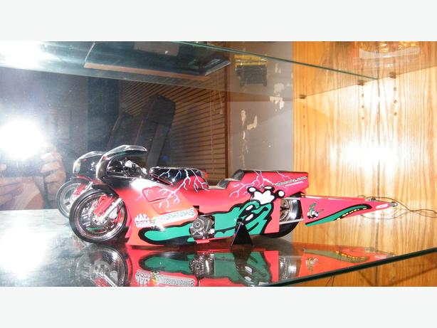 REDUCED PRICE DieCast Mac Tools 1999 Pro Stock Bike