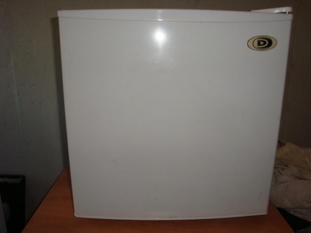 Counter top fridge,