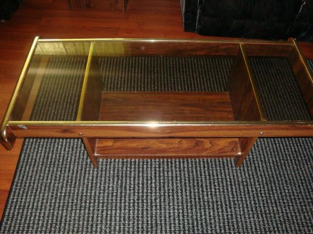 Coffee table and 2 side tables.