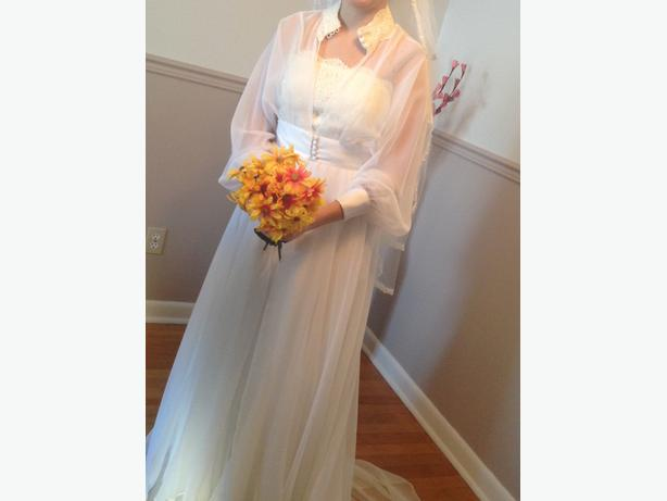 Wedding Dress, size 10