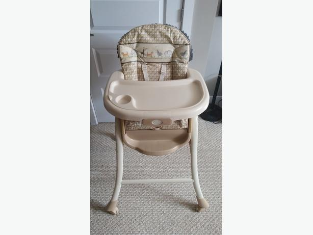 Summer Brand Reversible High Chair & Bassinet