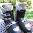 Head Carve X3 Boots - Size 23.5 (Youth/Men 5.5; Women 6-6.5)