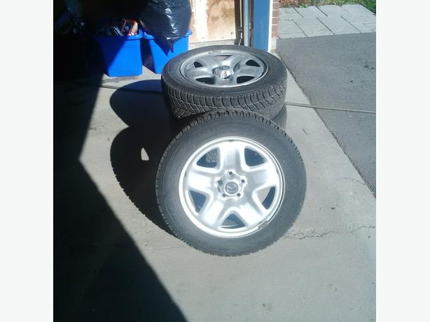 Goodyear Ultra Grip Winter tires and rims. size: 225/55R17