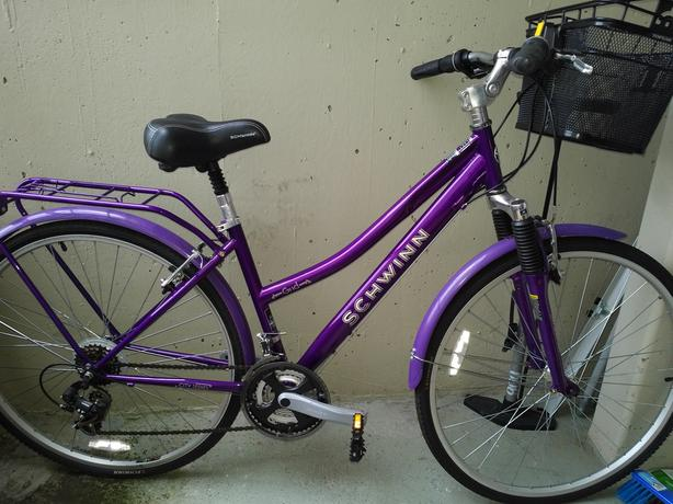 Women's 21-speed bicycle