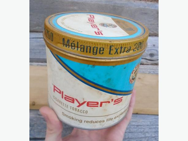 Vintage 1980's Player's Cigarette Tobacco Extra Blend 200 Tin