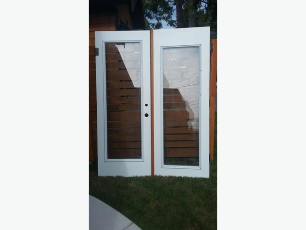 Patio doors for sale north saanich sidney victoria for Patio doors for sale