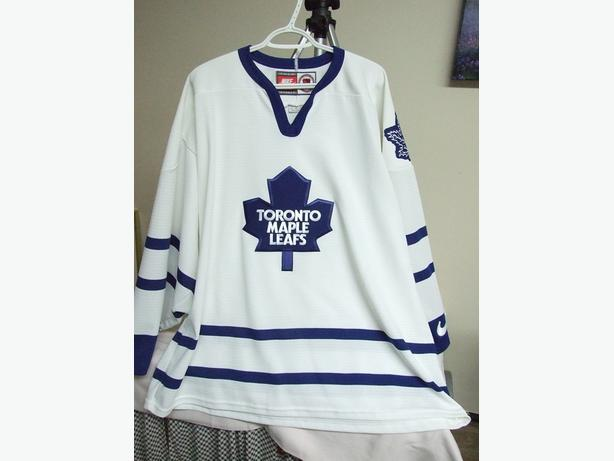 Toronto Maple Leafs Hockey Jersey