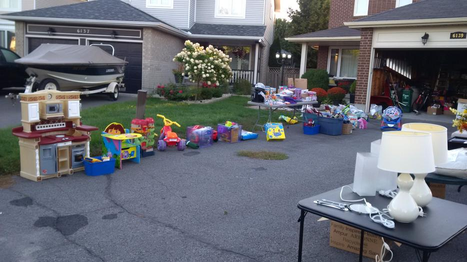 Garage Sale Toys And Home Items Orleans Ottawa