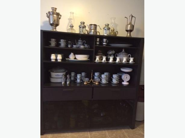 Eq3 two pieces black buffet and hutch