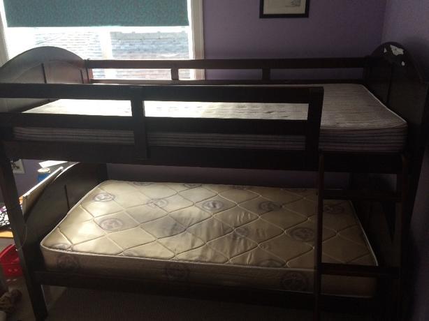 Mahogany Bunk Bed *reduced!!*