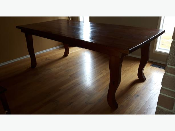 Beautiful Solid Maple Dining Table Victoria City Victoria