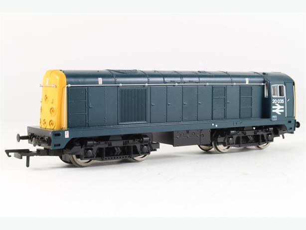 Hornby OO Gauge Class 20 Diesel Locomotive in Box