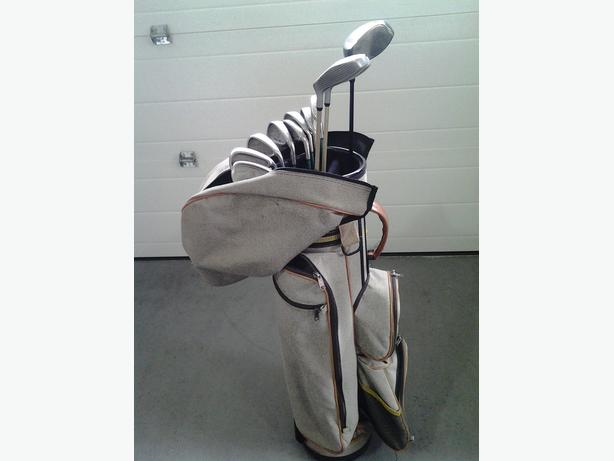 Golf Bag - $10 (Parksville)
