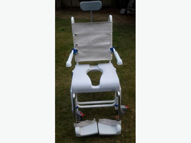 Aquatec Shower Chair / Commode