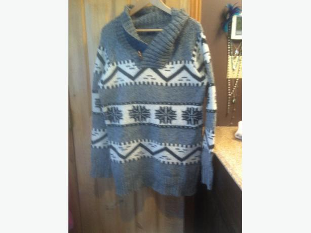 roots soft wool sweater