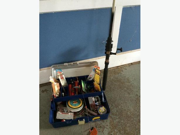 6' Fishing Rod & Tackle Box