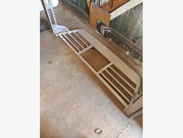 Full Aluminium Headache rack with bed rails