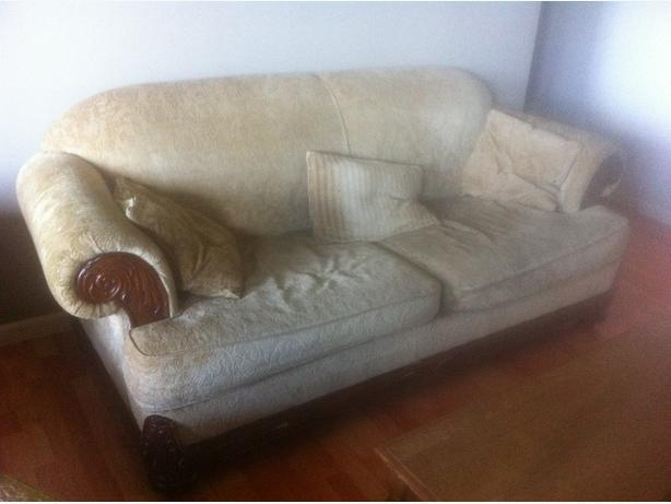 Reduced. nice carved wood chesterfeild chair ottoman and coffee table