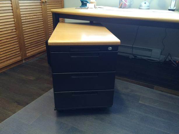 Large mobile drawer