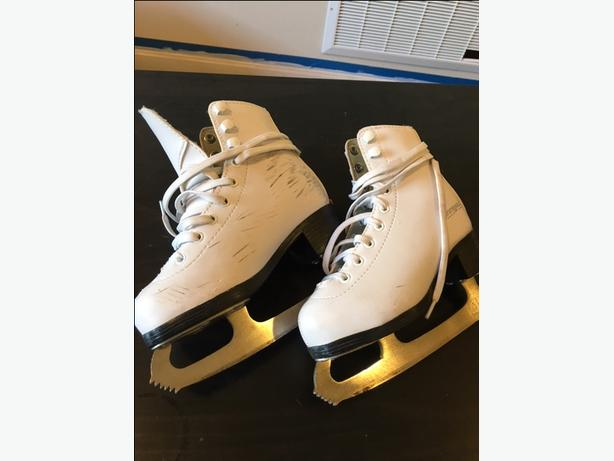 Girls 11Y WinnWell Skates