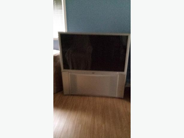 "60"" Hitachi rear projection HD TV"