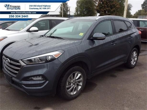 2016 Hyundai Tucson 2.0L Premium AWD	 Rearview Camera, Bluetooth and M