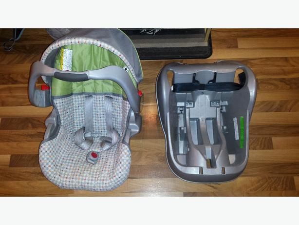 graco infant car seat west regina regina mobile. Black Bedroom Furniture Sets. Home Design Ideas
