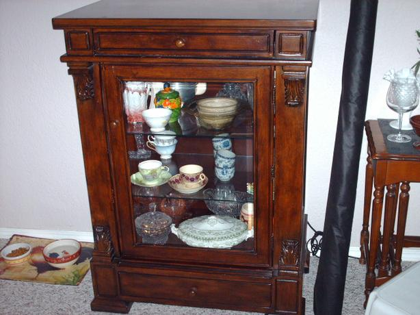Bombay Display Cabinet