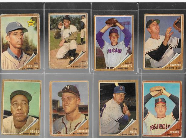1962 TOPPS Baseball lot of 28 cards # 9 - 268
