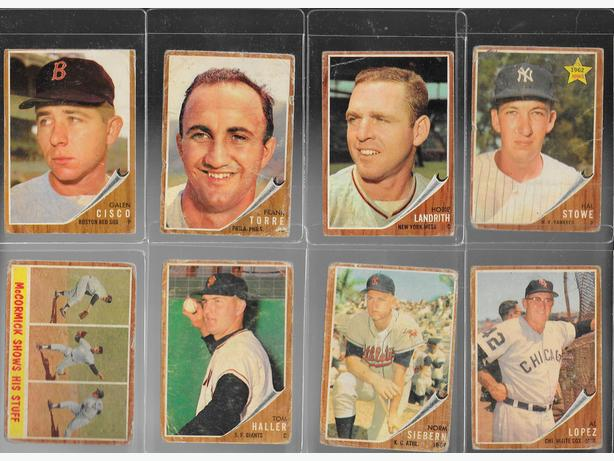 1962 TOPPS Baseball lot of 28 cards # 275 - 444