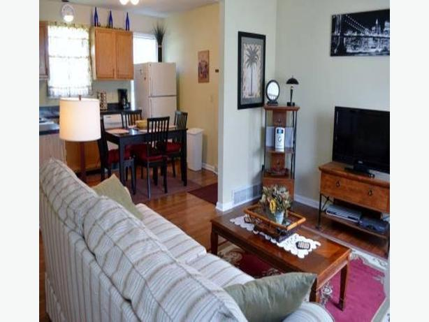 Furnished 2br on queen st @ shaw