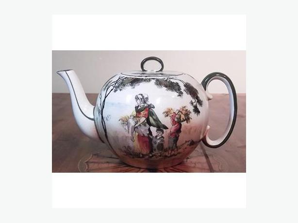 Antique Royal Doulton Gleaners Teapot