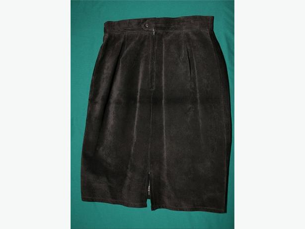 Dark brown suede skirt