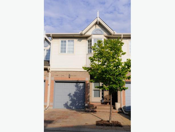 TOWNHOME FOR RENT IN ALTA VISTA/RIVERVIEW PARK