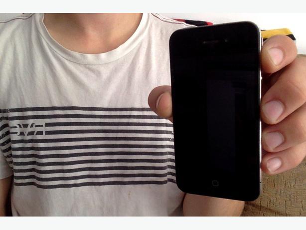 Bell/Virgin 16GB iPhone 4