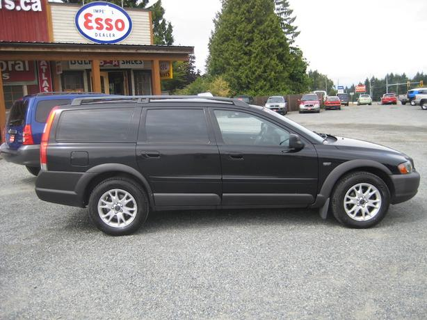 2004 Volvo XC70 Wagon - Bargain Priced All-Wheel-Drive!