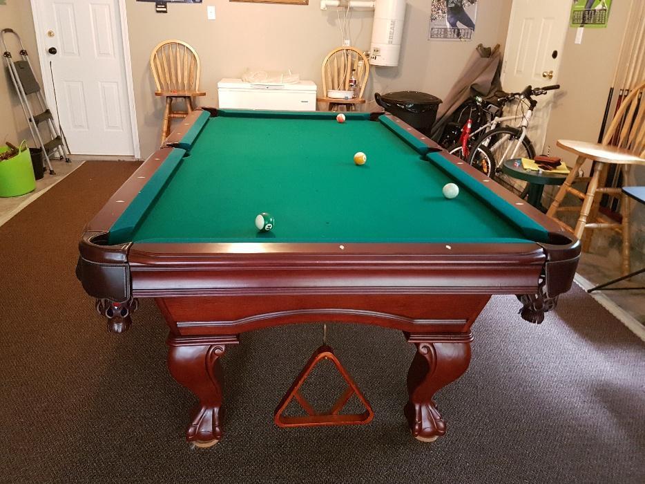 Thomas Aaron Pool Table OBO Sooke Victoria - Thomas aaron pool table