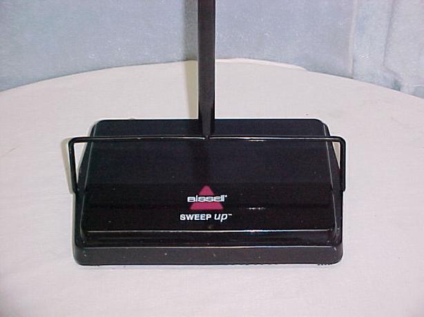 Bissell Sweep Up Manual Carpet/Floor Cordless Sweeper Housekeeping