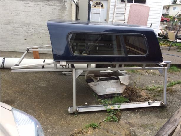 Aluminum boat/pipe rack