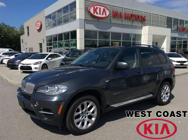 2012 BMW X5 Diesel, Navigation, 7 Passenger and so much more!!