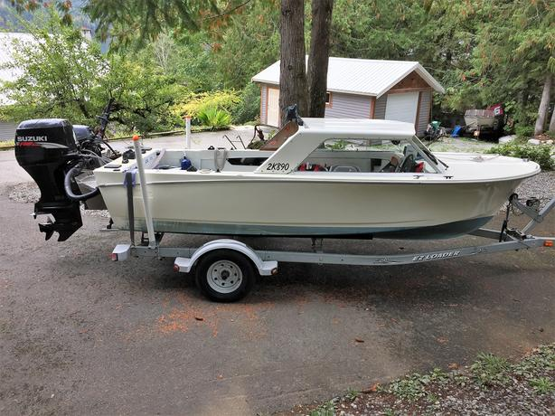 16ft Hardtop Fishing Boat w/Trailer