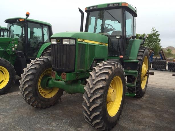 2003 John Deere 7810 Tractor