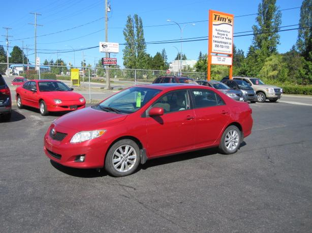 2009 TOYOTA COROLLA WITH SUNROOF AND AC